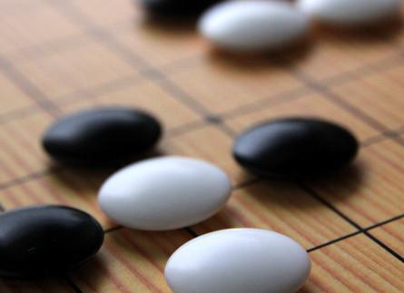 囲碁は子供に向いている?囲碁、将棋、チェス比較